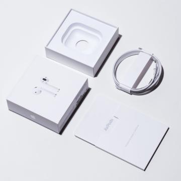 voorbeeld packaging AirPods sterk design